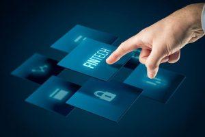 فینتک به شرکت ها امکان مدیریت معامله و سرمایه گذاری های خود را به طور مثال از طریق یادگیری ماشینی میدهد. نکته ی جالب توجه این است که شرکت هایی که به صورت سنتی نیز به مدیریت معاملات و سرمایه ی دیگران میپردازند مانند بانک ها نیز در حال استفاده ی از فینتک هستند و با تطابق دادن محصولات و خدمات خود به دنبال رسیدن به اهداف خود هستند. فینتک استارتاپ فینتک 960x0 300x200
